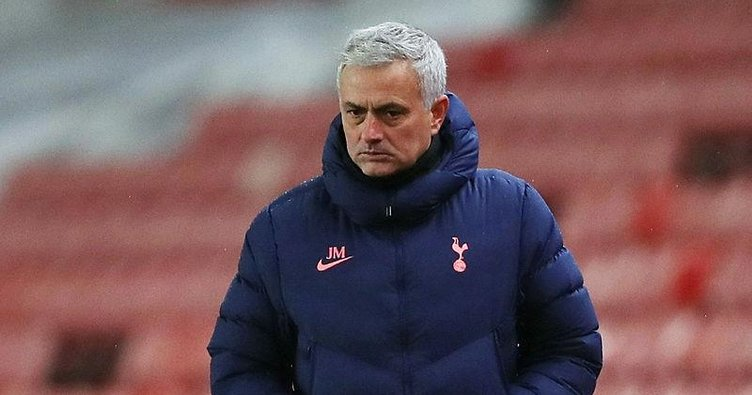Mourinho lige kızdı!