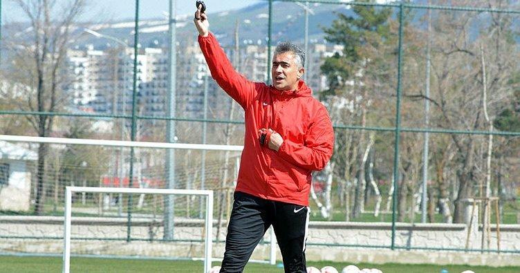Kasımpaşa'da Mehmet Altıparmak sürprizi