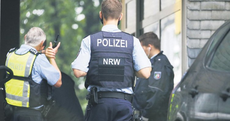 Faşist polislere şafak operasyonu