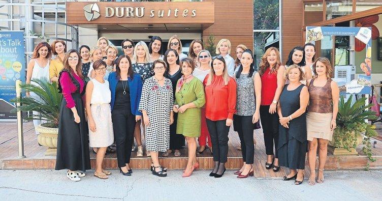 Kadın girişimciler kitap tanıtımında