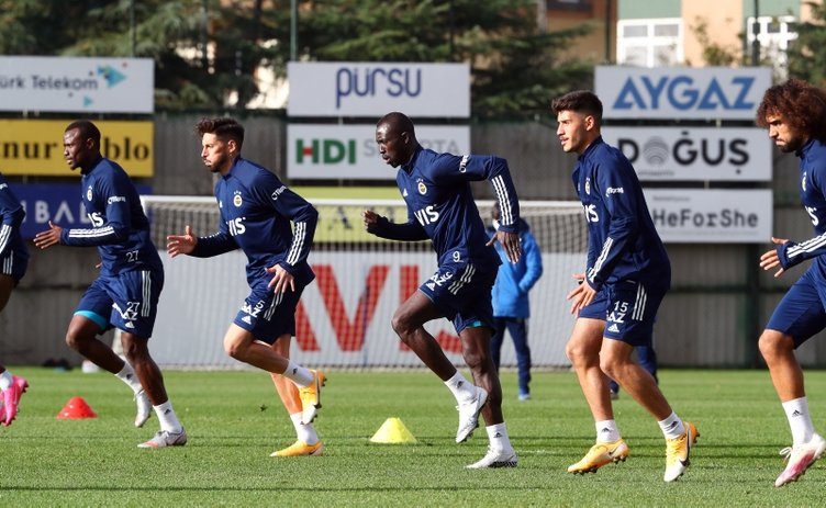 Emre Belözoğlu bir transferi daha bitiriyor! Devre arasında imzalıyor
