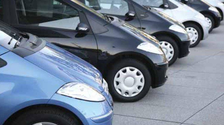Tüketiciler artık otomobil almıyor kiralıyor!