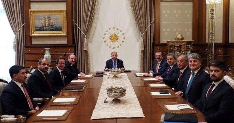 Başkan Erdoğan, Türkiye'nin Otomobili Girişim Grubu temsilcilerini kabul etti