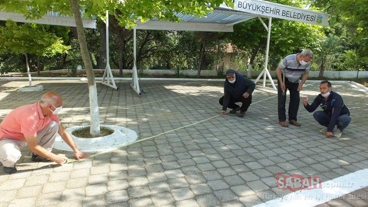 74 gün sonra ilk cemaatli cuma namazı kılınacak! İşte Ankara, İstanbul ve İzmir'de cuma namazı kılınabilecek camiler...