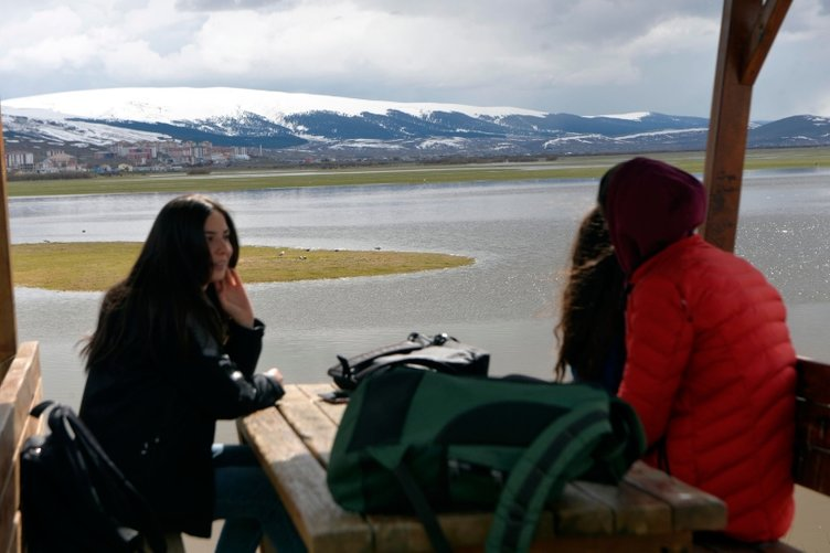 Ardahan'daki Kura Nehri taştı
