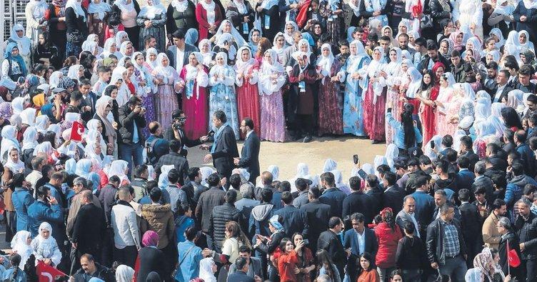 Şırnaklılar zaferi halaylarla kutladı