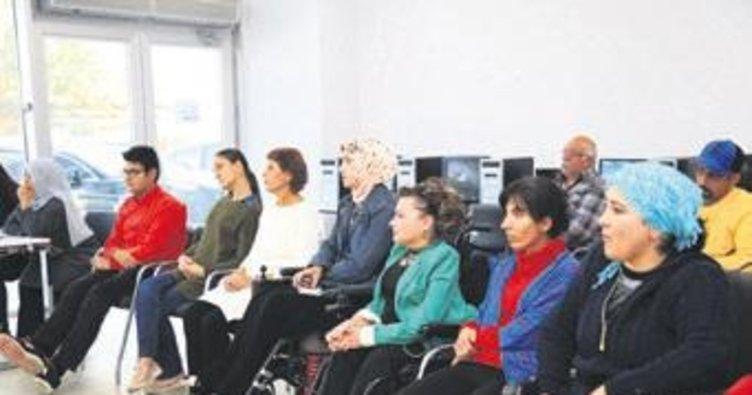 Engellilere meslek edindirme kursları başladı