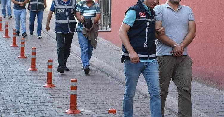 Kocaeli'deki FETÖ/PDY operasyonu! 3 kişi tutuklandı