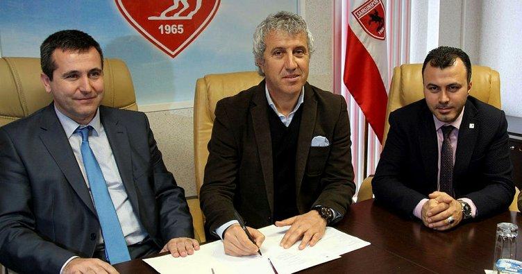 Samsunspor Besim Durmuş ile sözleşme imzaladı