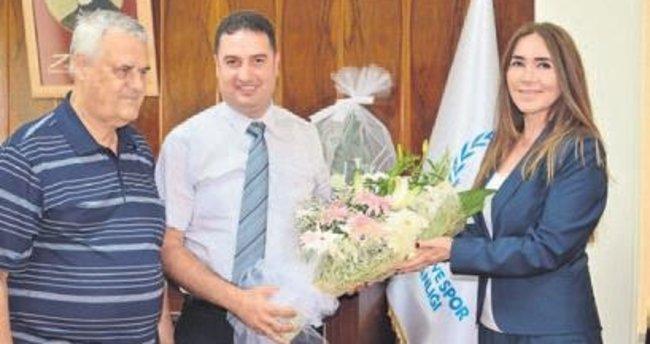 Başkan Ak'tan Ataşbak'a ziyaret