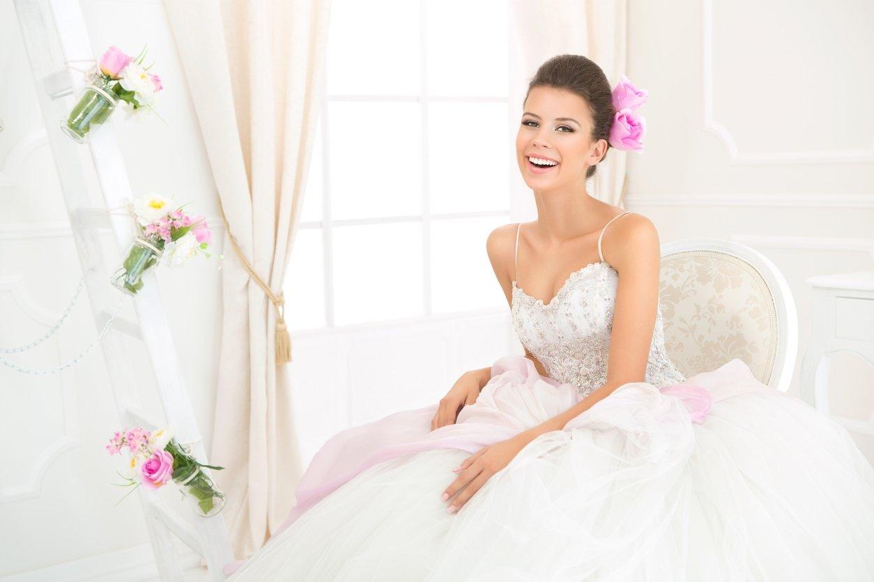 9952748d53378 Gelinlikte prenses modeli tercih ederseniz... Prenses gelinlikler, gelin ...