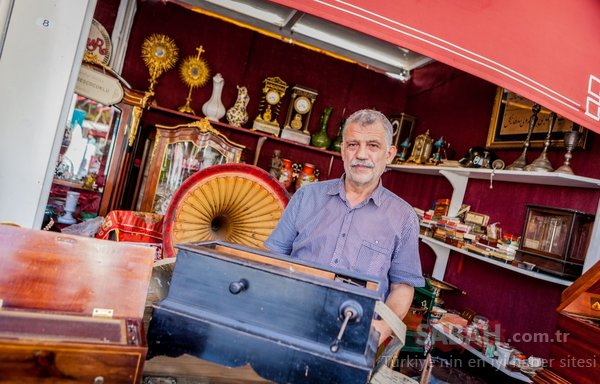 Taksim Meydanı'ndaki antika festivali meraklısını bekliyor...