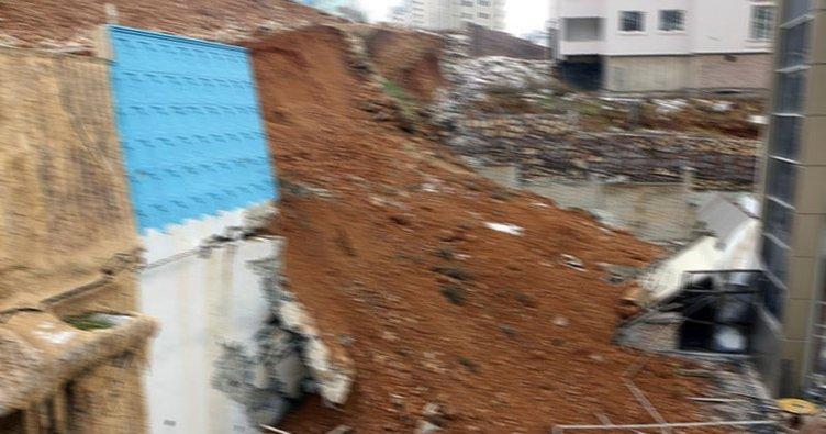 Kağıthane'de bir binanın istinat duvarında çökme