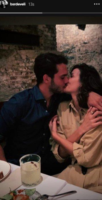 Büşra Develi sevgilisi Cem Aktay'la dudak dudağa…  Sosyal medyayı salladı!