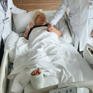 Muazzez Abacı ameliyat oldu! Usta sanatçı Muazzez Abacı sevenlerini korkuttu!