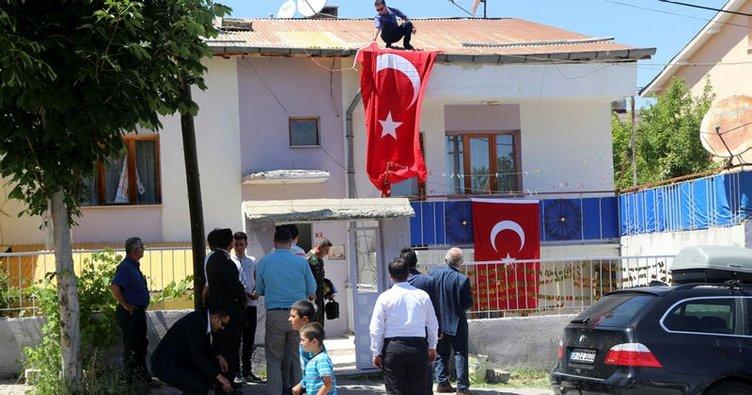 Askeri araca saldırı: İki asker şehit oldu