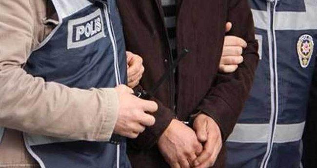 Aliağa'da kaçak sigara operasyonunda 4 kişi yakalandı!