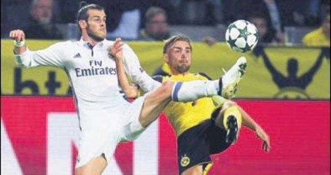 Dortmund pes etmedi