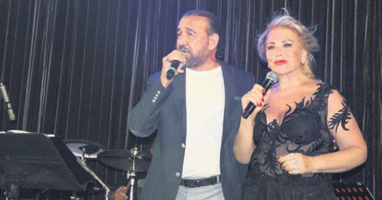 Kıbrıs'ta nostaljik düet