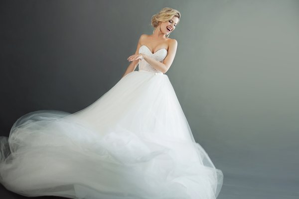 Gelinlikte prenses modeli tercih ederseniz...