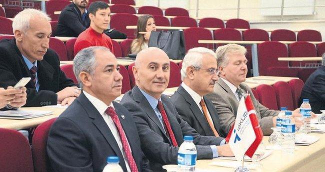 Kayıt dışı istihdam HKÜ'de tartışıldı