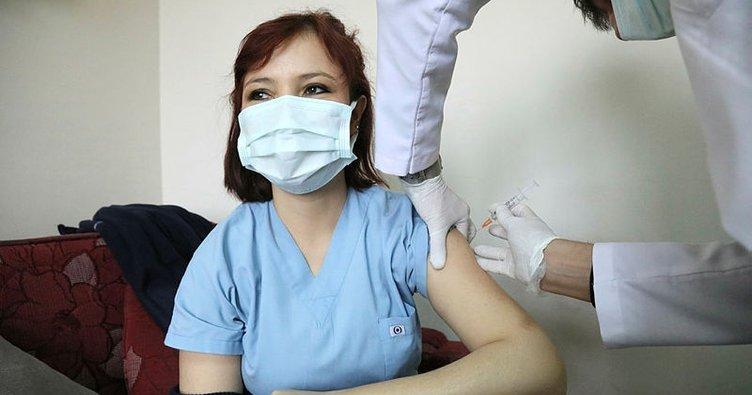 Sağlık Bakanlığı Koronavirüs aşısına son dakika takibi! Aşı olan herkes...