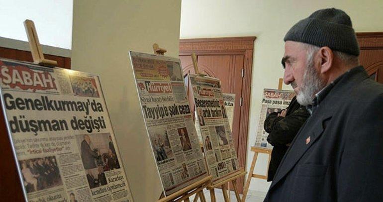 """""""28 Şubat Manşetleri"""" Sergisi Açıldı"""