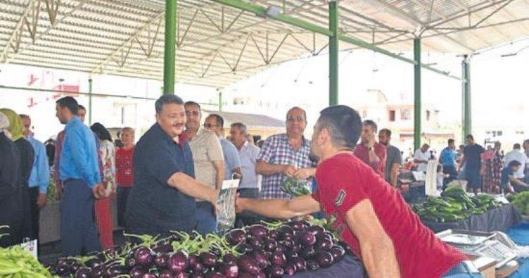 Başkan Boydak pazarı ziyaret etti