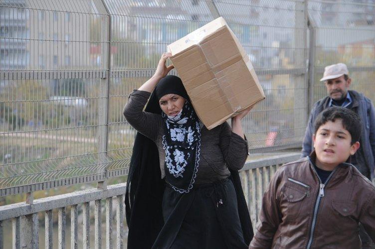 Cizre ve Silopi'de halk evini terk ediyor!
