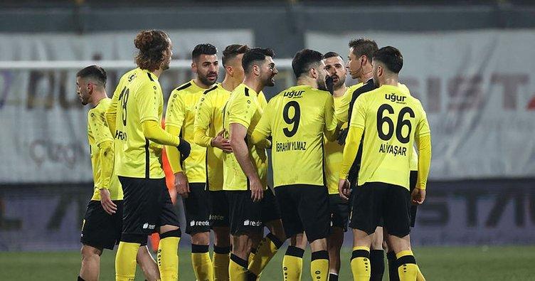 İstanbulspor, Samsunspor maçının tekrarı için TFF'ye başvurdu