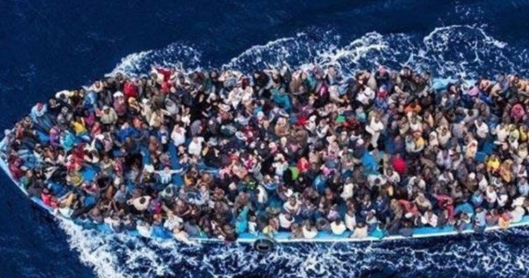 İtalya'dan göçmenleri kurtaran gemilere para cezası verilecek