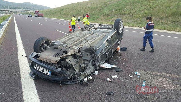 Otobanda feci kaza! TIR'a çarpıp 4 takla attı