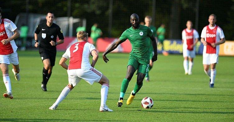 Atiker Konyaspor, Ajax'ı tek golle geçti