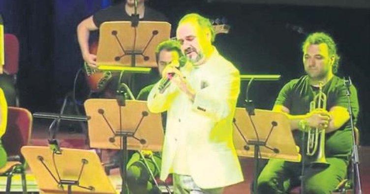 Hakan Aysev'den 'Klasikler' konseri