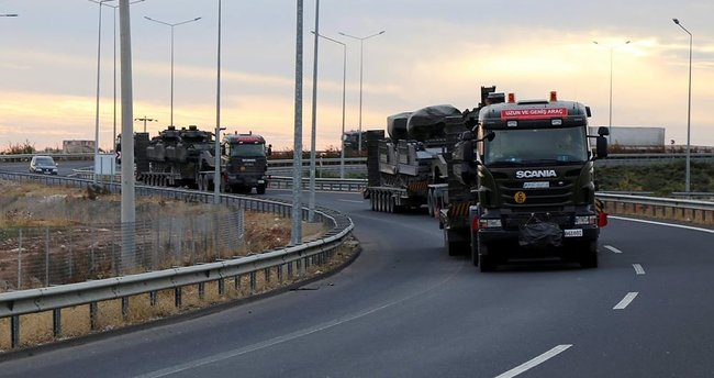 Silopi'ye sevk edilen askeri araçlar Nizip'ten geçti