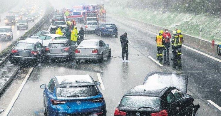 Ani kar ulaşımı felç etti