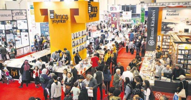 38. Uluslararası 'Veda Hutbesi' 50 hat eserinde İstanbul Kitap Fuarı açıldı