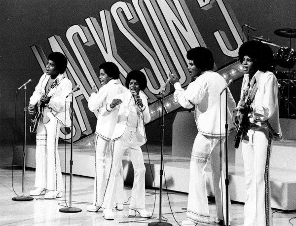 Michael Jackson'ın başarı ve skandallarla geçen 50 yılı