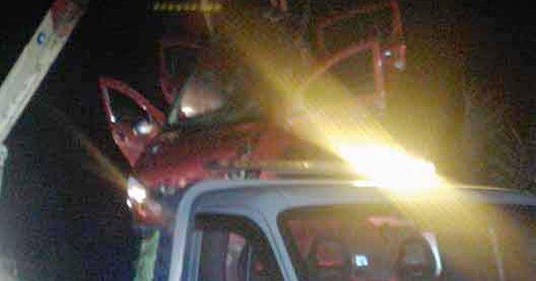 Otomobil kanala uçtu: 4'ü çocuk, 7 yaralı