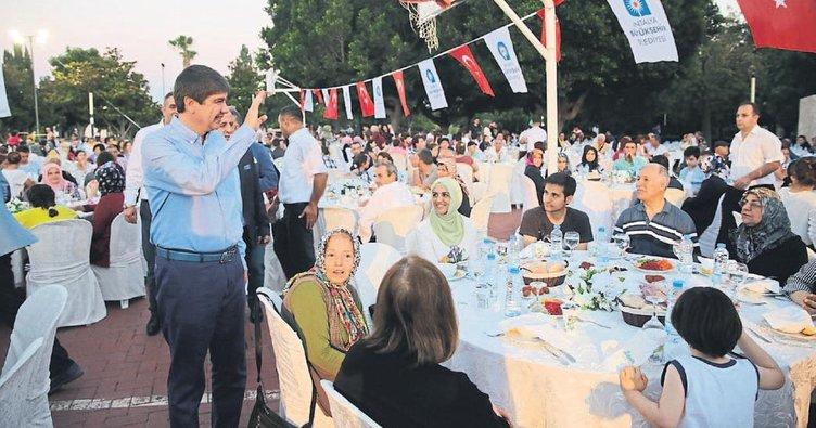 Antalya'da vefa iftarı