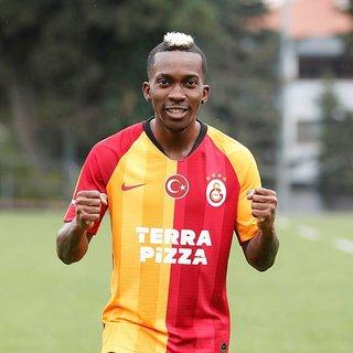 Galatasaray Onyekuru'nun taburcu olduğunu açıkladı