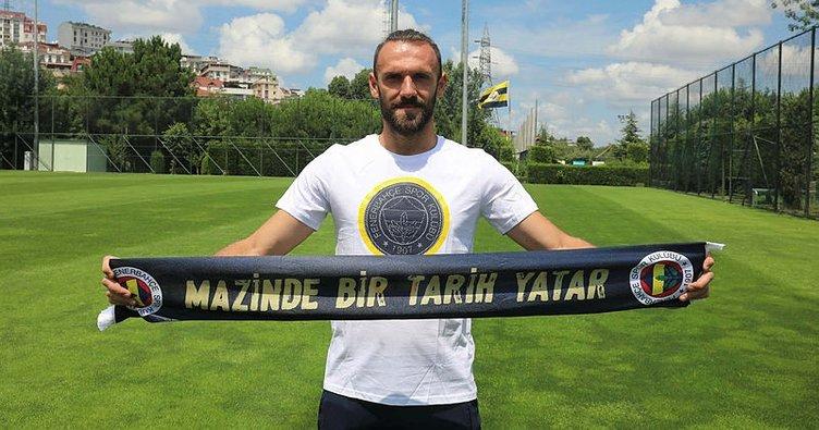 Vedat Muriqi: Annem sayesinde futbolcu, dedem sayesinde Fenerbahçeli oldum