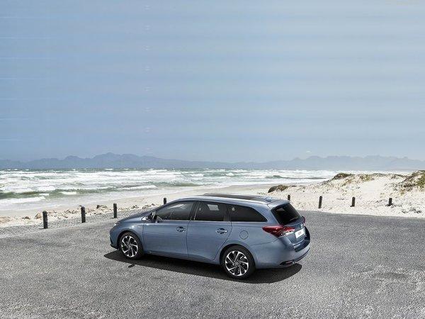 2016 Toyota Auris