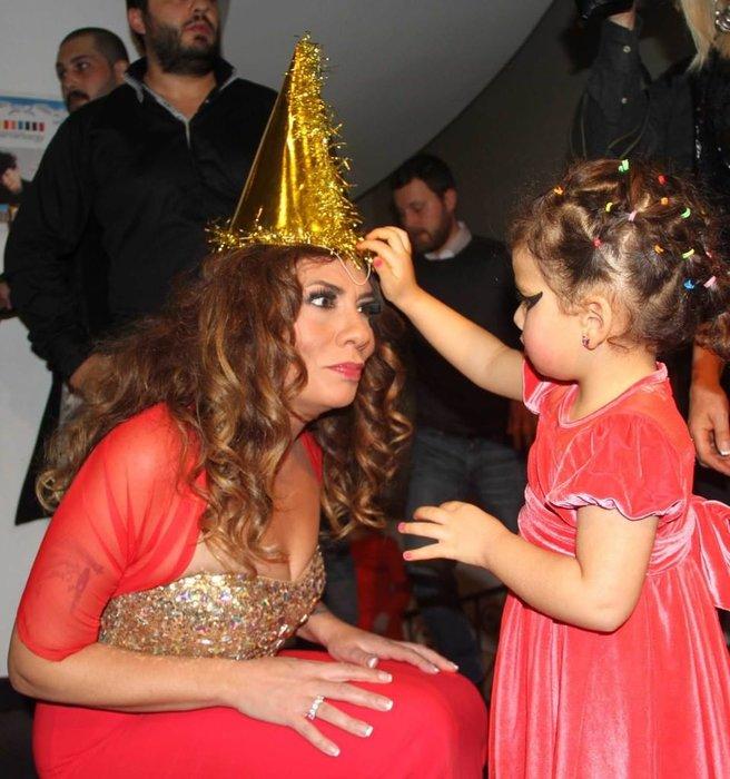 Işın Karaca'dan Sibel Can'a şok gönderme!