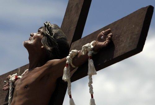 İsa'nın çilesini yaşadılar