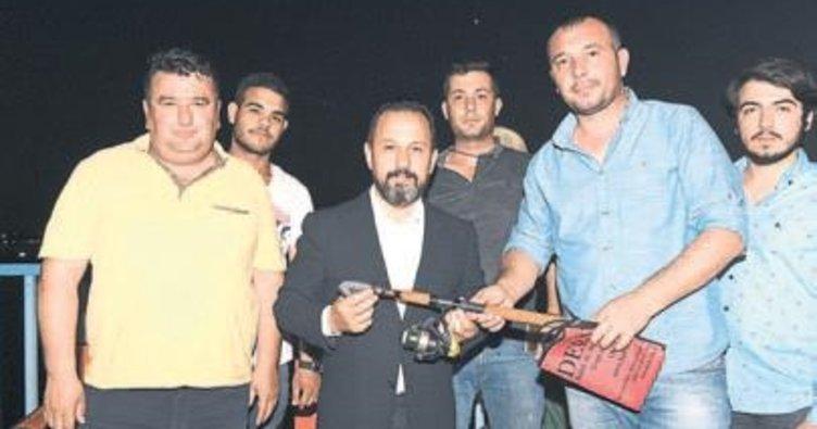 Başkan Uludağ oltayla balık avladı