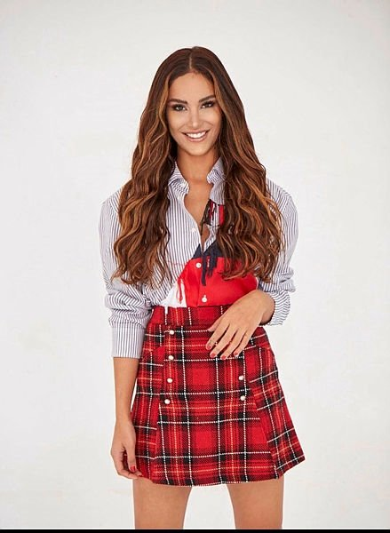 Reynmen ile birlikte görüntülenen Miss Fashion güzeli Elif Yılmaz kimdir? Elif Yılmaz kaç yaşında ve nereli?
