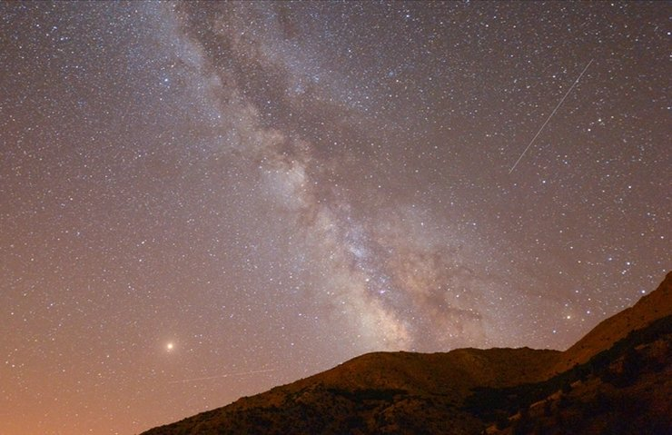 Ağustos ayında gökyüzünde 'görsel şölen' olacak