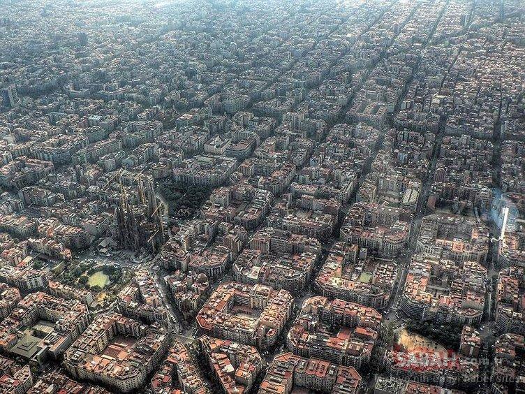 Dünyanın en ünlü yerlerini bir de böyle görün