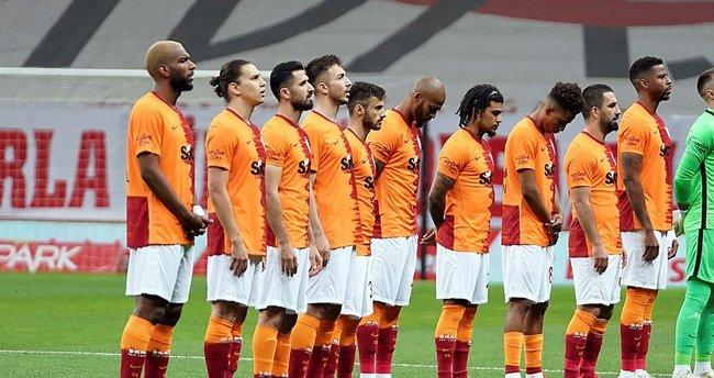 Son dakika: Galatasaray'dan yabancı sınırına çözüm! 8 yerli futbolcu takımda kalacak...